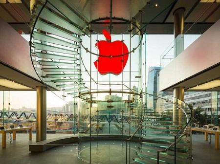 03_12_apple_store-1